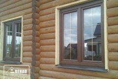 okna-rehau-delight-v-kottedzh20
